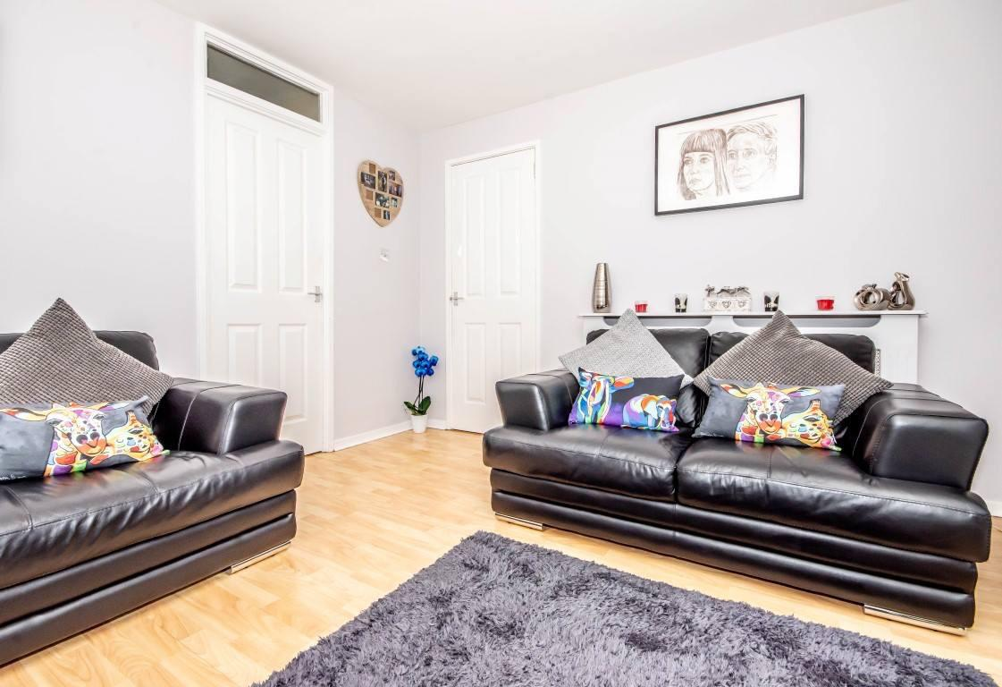 45 Castlandhill Road, Rosyth Lounge