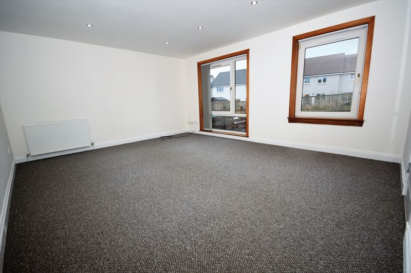 83 Craigbeath Court, Cowdenbeath Lounge