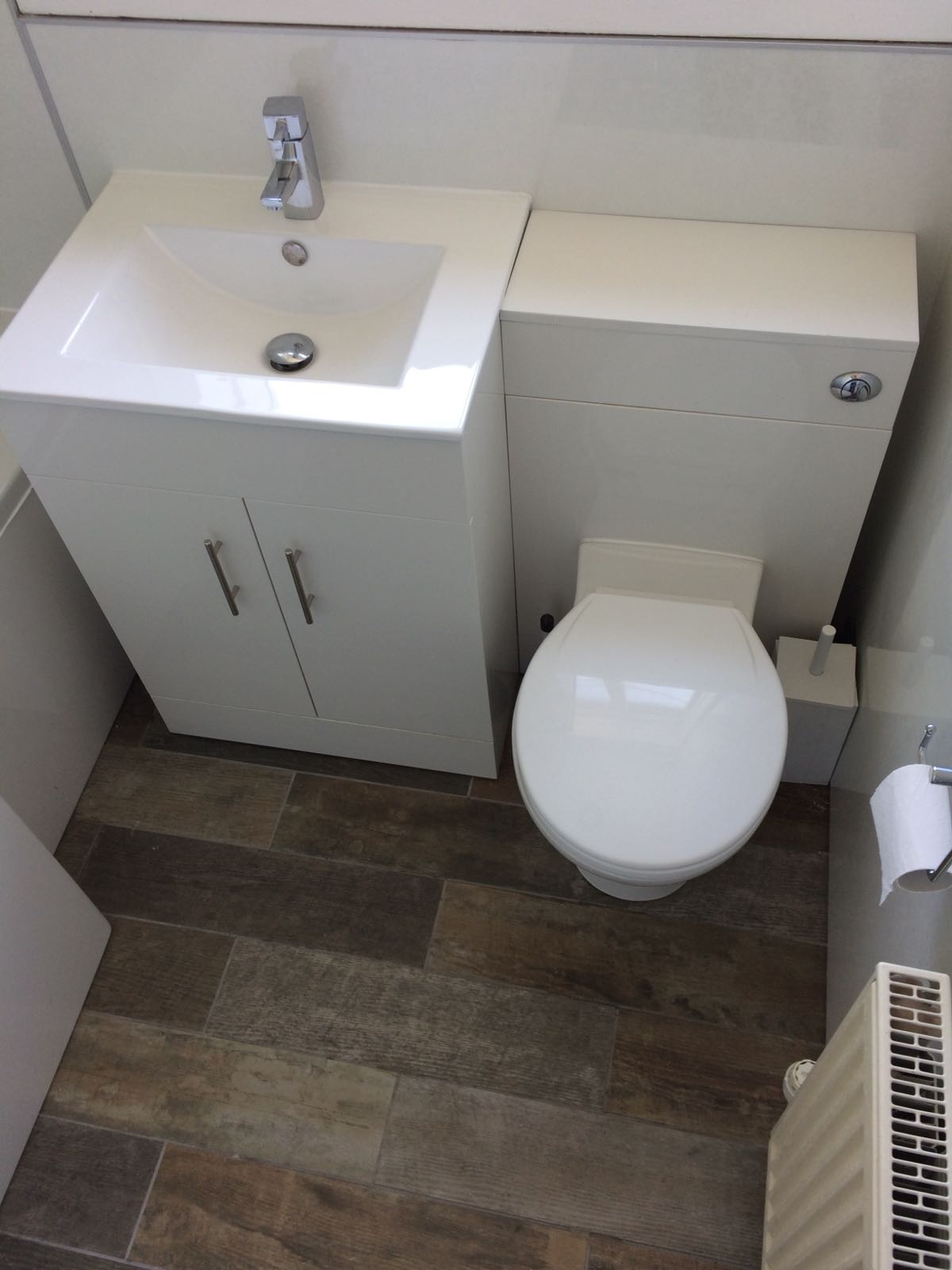 225 Inchkeith Drive, Dunfermline Bathroom