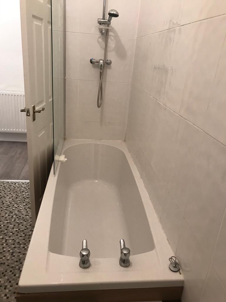 29 Kirkwood Street Bathroom