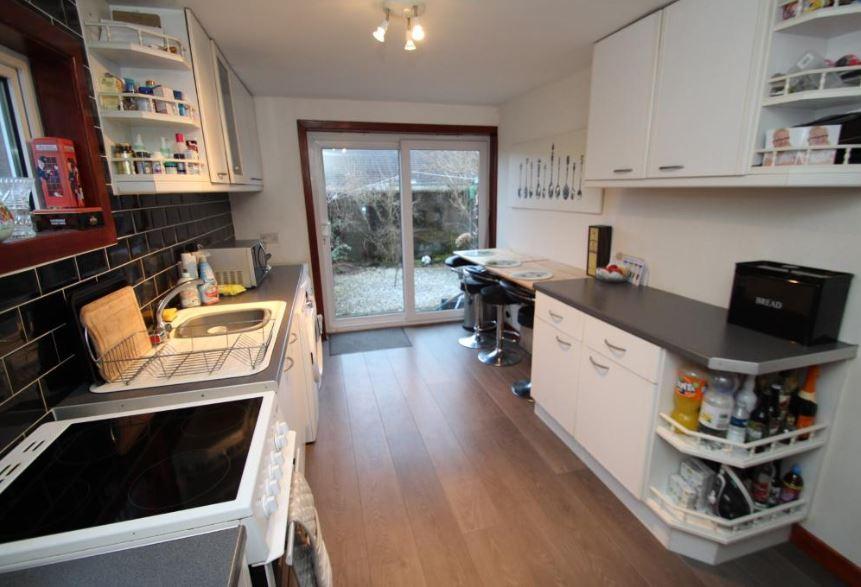 32 Liddel Road, Cumbernauld Kitchen