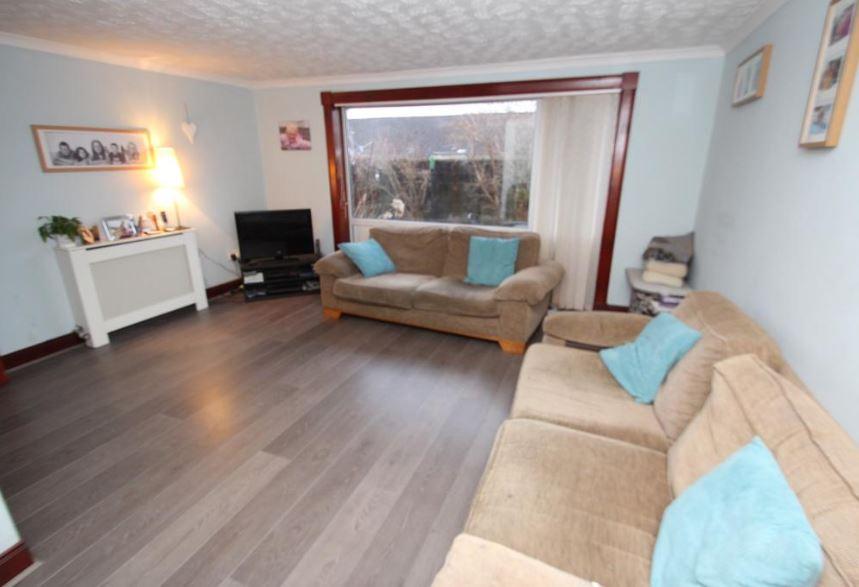 32 Liddel Road, Cumbernauld Lounge