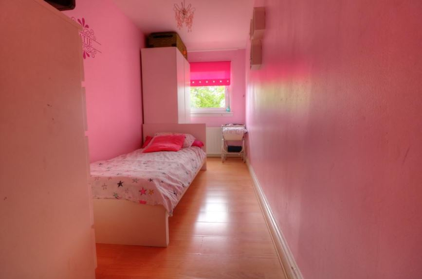 23 Mossywood Place, Cumbernauld Bedroom 3