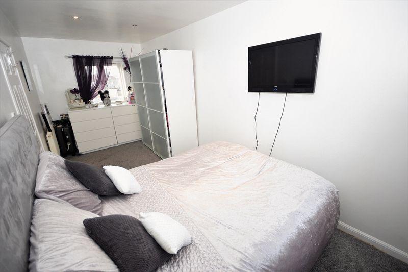 106 Rae Street, Cowdenbeath Bedroom 1