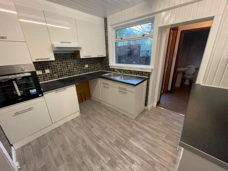 40 Valleyfield Place, Cowdenbeath