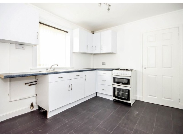 61 Wedderburn Crescent, Dunfermline Kitchen