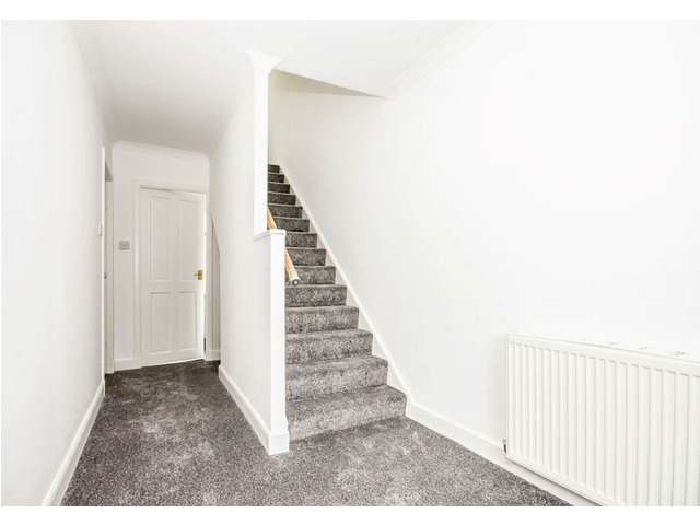 61 Wedderburn Crescent, Dunfermline Downstairs Hall