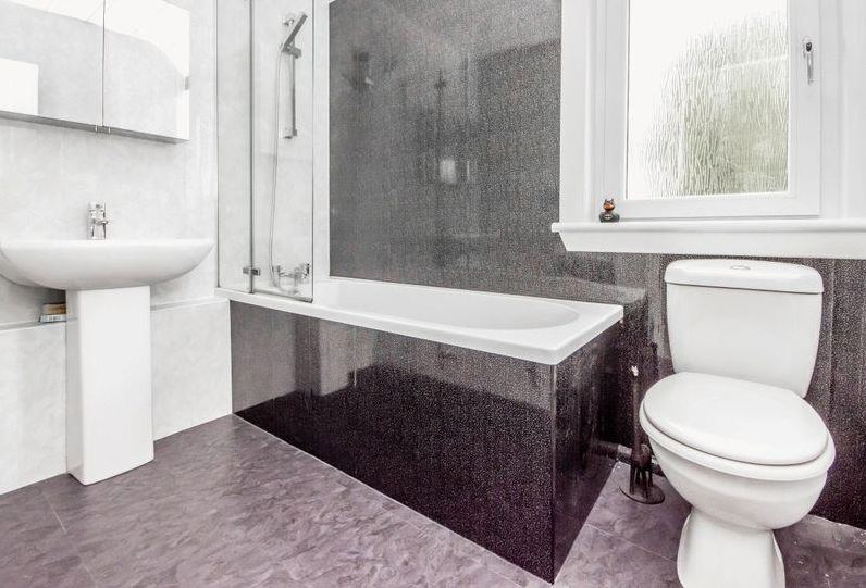 27 Woodside Street, Rosyth Bathroom